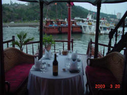 Romantic dinner on Huong Hai junk
